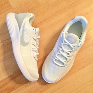 New Nike Lunar Converge Shoes Womens Size 9.5